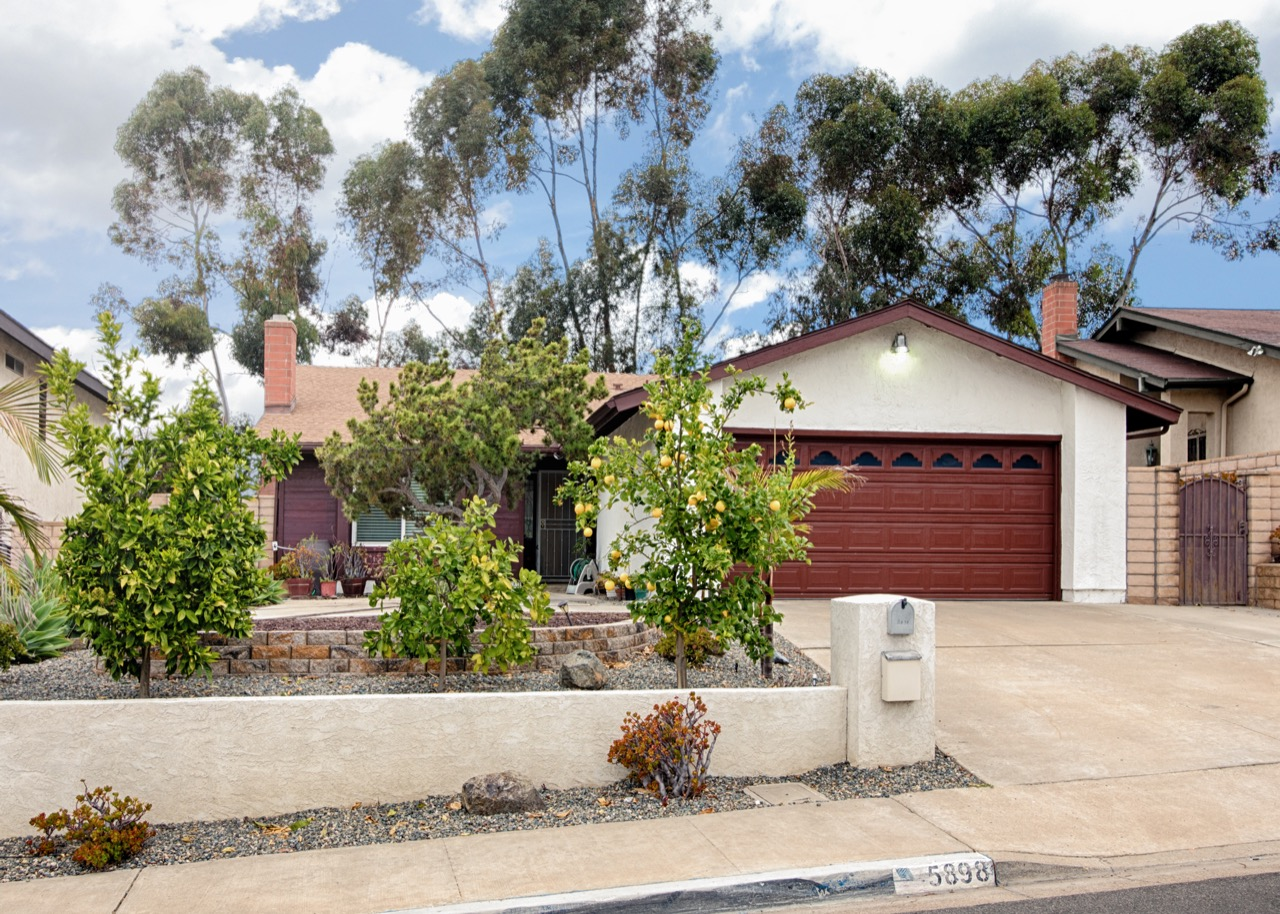 5898 Tooley St San Diego Ca 92114 One Mission Realty